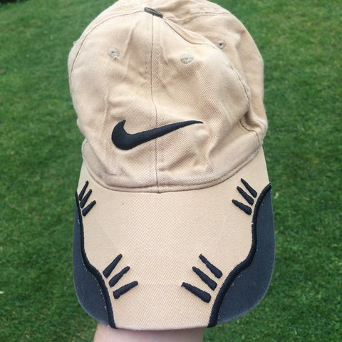 SOLD 🌊 vintage Nike cap 🌊 -beige cream -7 10 good despite - Depop cc27a82f955