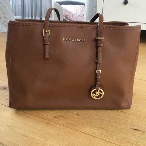 96a3b22ca475 @sarriasambrook. 6 days ago. London, United Kingdom. Michael Kors Jet Set  large leather tote in brown.