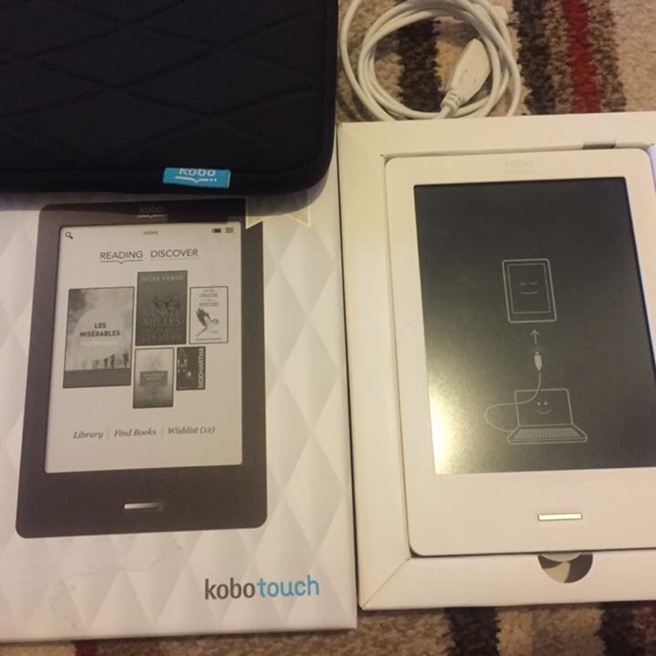 Kobo touch ereader like new includes case free    - Depop