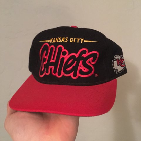 e79ad2b40e3e40 @vintage317. 2 years ago. Indianapolis, IN, USA. Vintage rare Kansas City  chiefs starter SnapBack hat cap ...