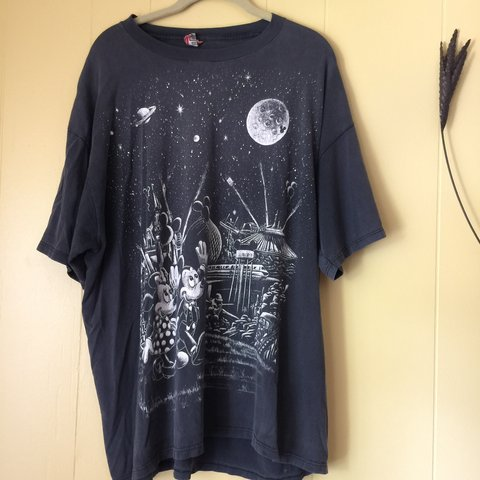 8dca852e82de @tay096. 5 months ago. Stilwell, United States. DISNEY TEE retro mickey and minnie  mouse ...