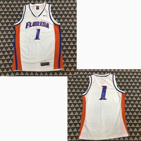 527bf5519a6d ITEM DESCRIPTION  Nike Team Florida Gators Basketball size  - Depop