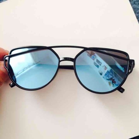 0031e3ca9eac3 Blue Retro Vintage Mirror Cat Eye Sunglasses •Measurements  - Depop