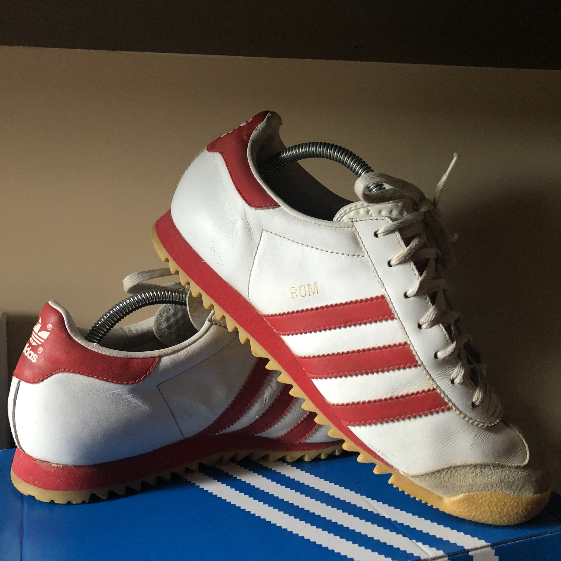 Vintage Adidas ROM Trainers. Size 9. Great condition...