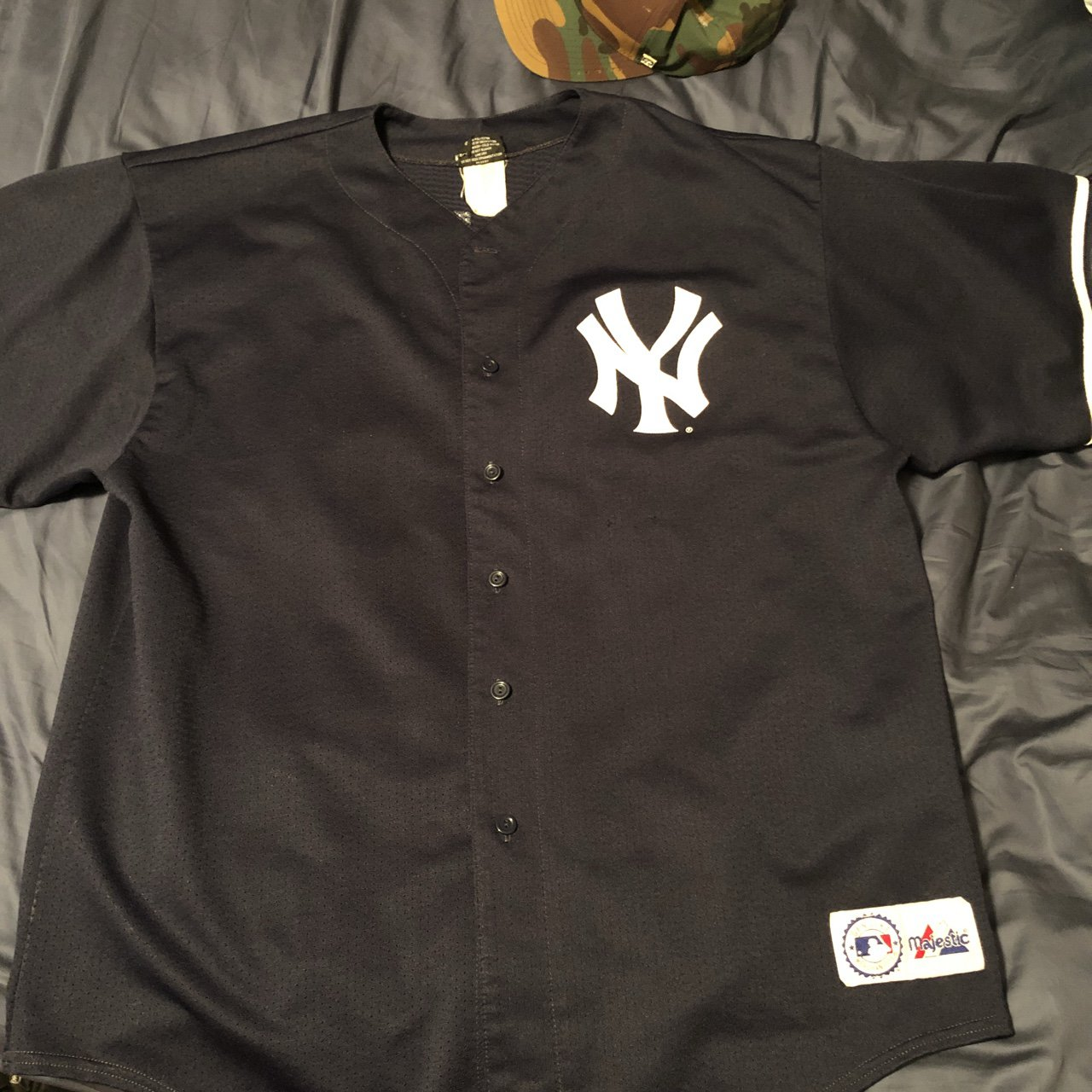 Near mint condition vintage Old school majestic New York 51 - Depop e495b37009b