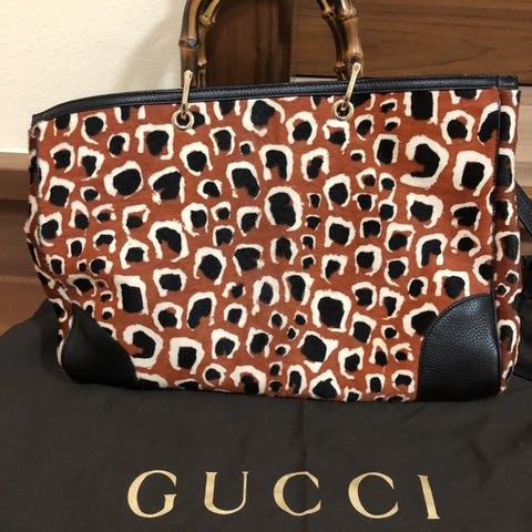 9ed6794dbe6f GUCCI large tote bag with bamboo handles. Long strap and bag - Depop