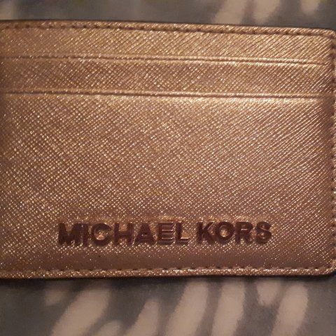 404bab2c5dcaf0 @chats. 22 days ago. Dublin, County Dublin, IE. Rose gold Michael kors card  holder. Excellent condition. No box