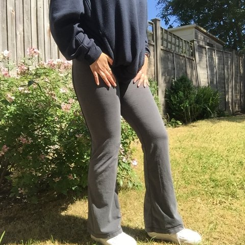 6dced690f8 🍒Nike grey flares / sports leggings / yoga pants Really so - Depop