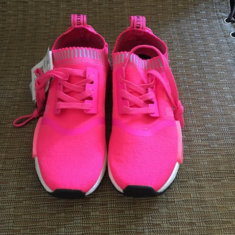 a1486081c Hot pink nmd r1 adidas originals women running shoes size as - Depop