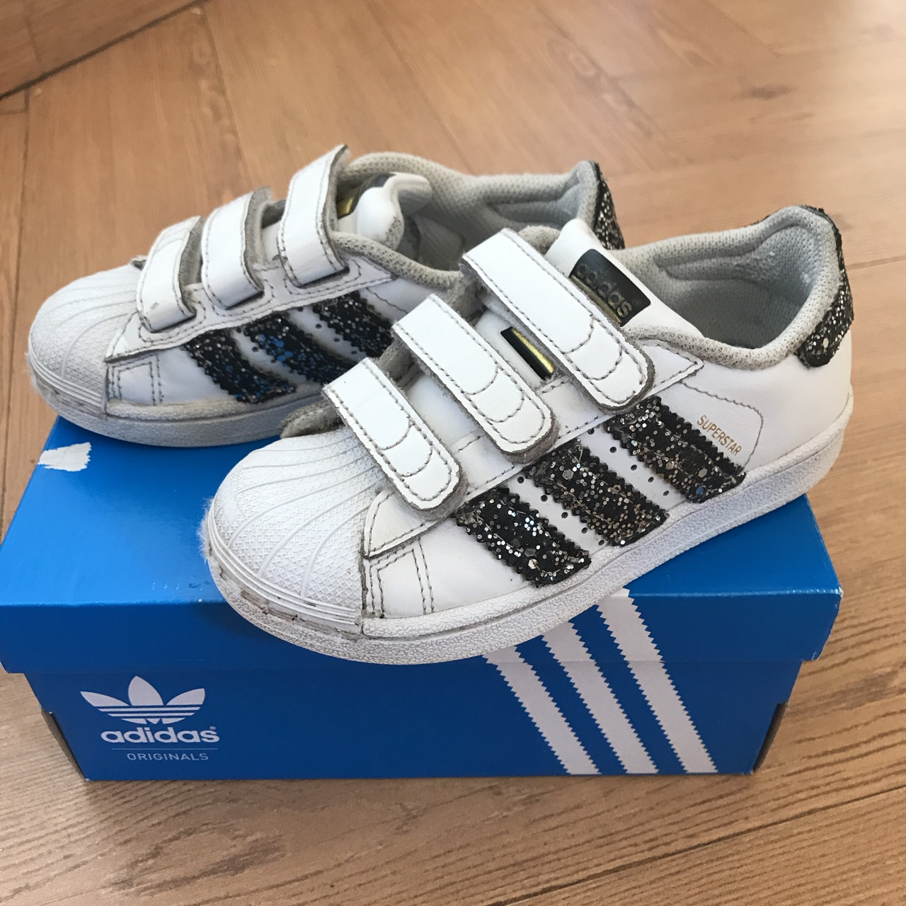 2adidas superstar foundation nere