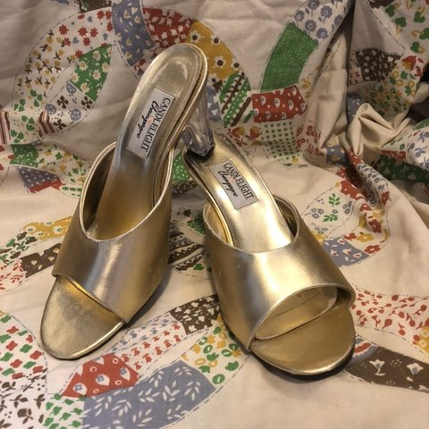 STARRY EYED METALLIC LUCITE HEELS Fab pair of vintage gold - Depop