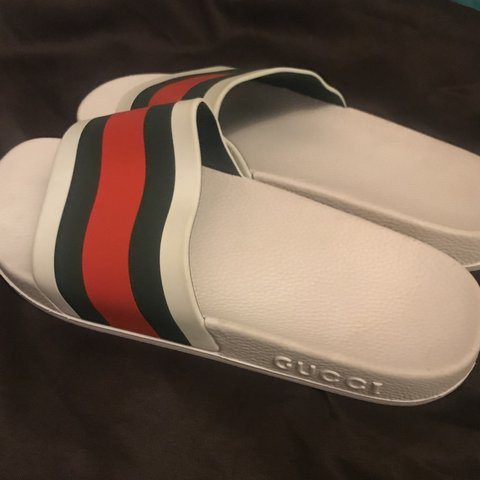 55356cd85cb0 GUCCI SLIDES NO BOX (bought on Ebay) SIZE - UK7  Gucci - Depop