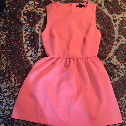 5c60b7f7b4ea Neon pink dress from forever 21. This has been sitting in my - Depop