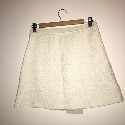 70ccab3c7e Thick white skirt with floral details. From topshop. Order - Depop