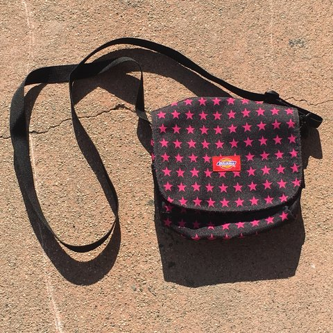 Small Dickies crossbody bag ⭐ 🖤 It s black and has pink in - Depop 69f1ca4d5c2c3