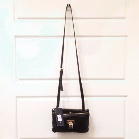 4c2310d70c @laheena. 2 years ago. Philadelphia, United States. Tommy Hilfiger  Crossbody Bag. Brand new with tags.