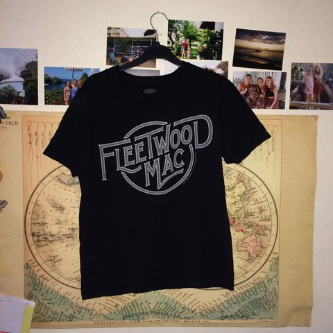 647e6b5d59 fleetwood Mac t-shirt from urban outfitters - bought for £18 - Depop