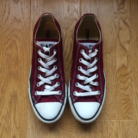 d05951b914c439 Womens burgundy Converse UK size 7. Hardly worn and in great - Depop