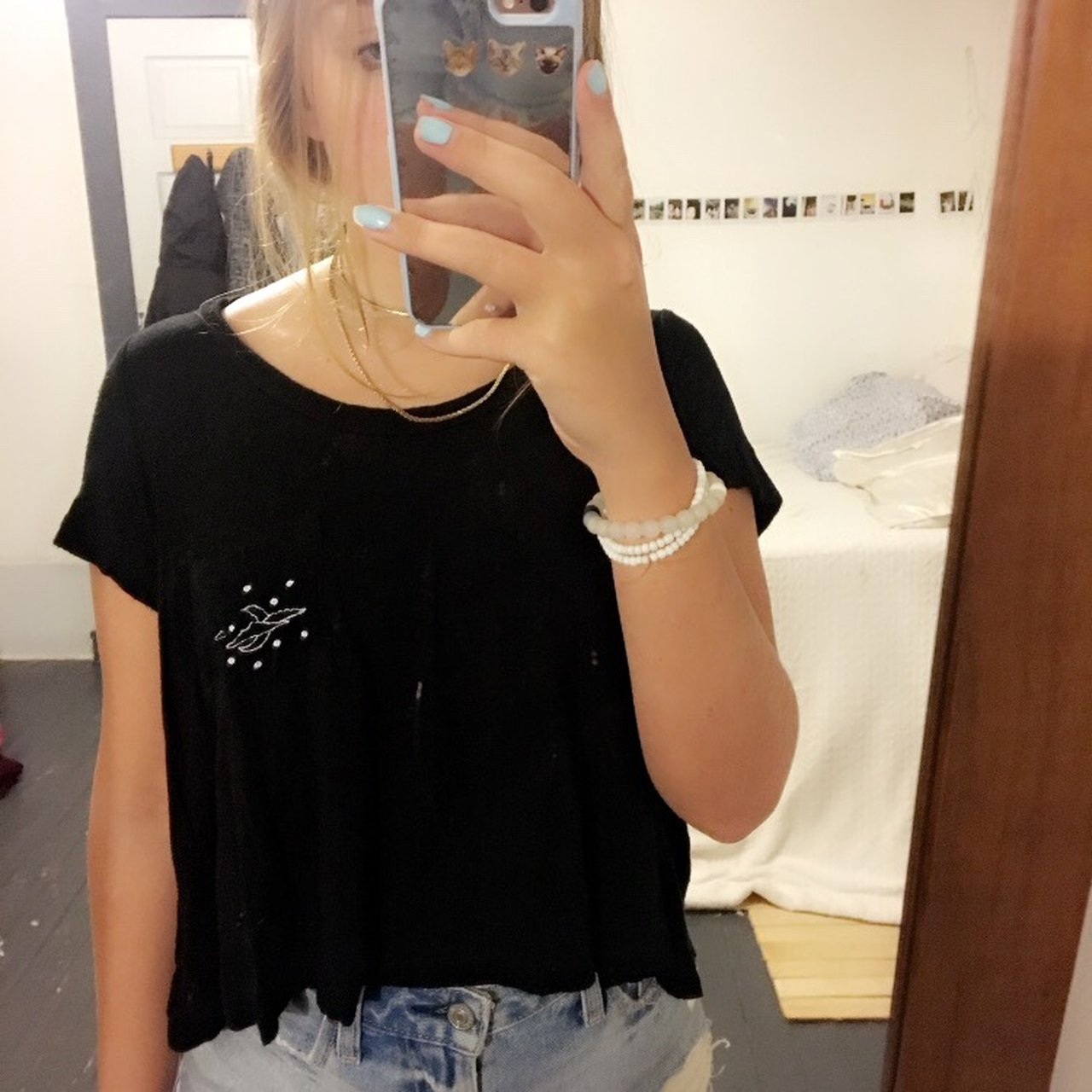 14c04560f8 PacSun LA hearts black cropped t shirt Pocket with moon and - Depop