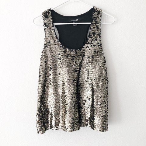 a054aad238894e Super cute and fun silver sequin top from Forever 21. Very a - Depop