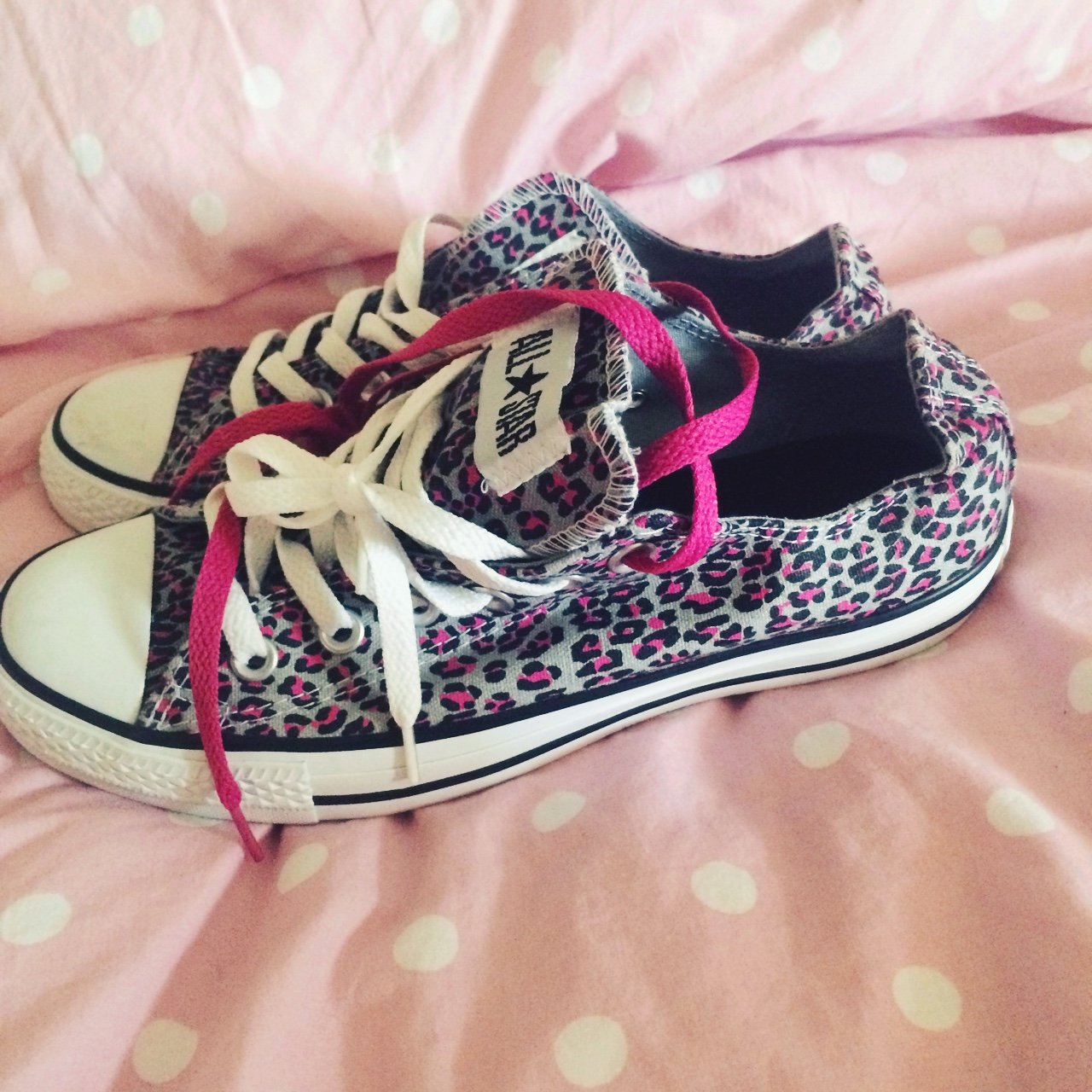 25c149a2bd4 Leopard print converse never worn. come with pink laces size - Depop