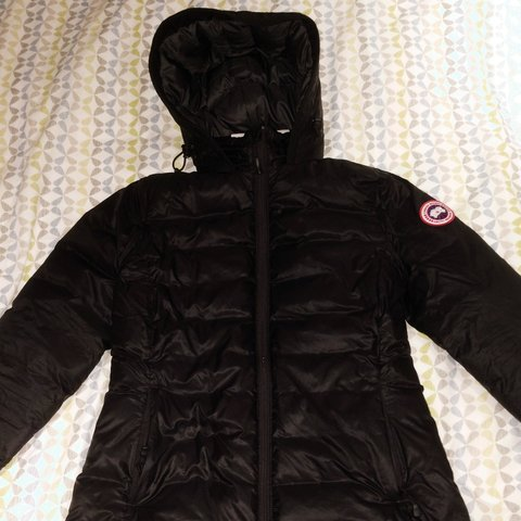 4c0a2e292248 PRICE DROP Womens Authentic Canada Goose Down Jacket. Size a - Depop