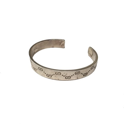 066a7a782 @martini94. 9 months ago. United Kingdom. Gucci solid silver bangle ✨