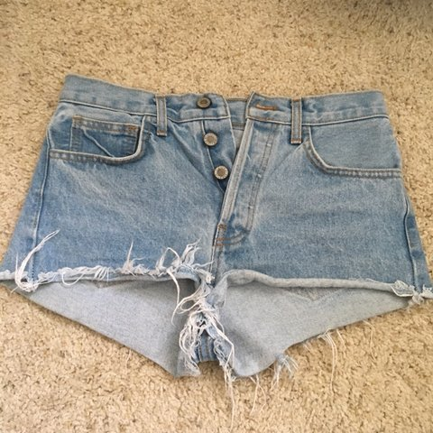 5ea7f54e80 @carlyolsen. 4 months ago. Santa Clarita, United States. brandy melville  highwaisted shorts, great condition! best fits ...