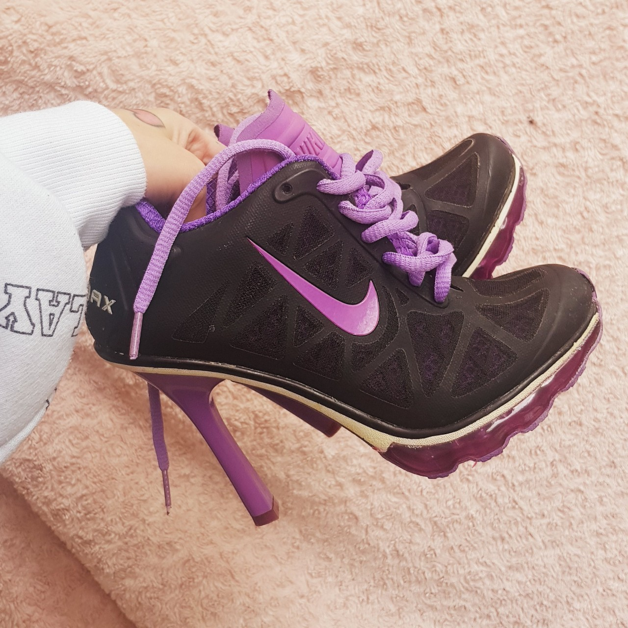 Nike air max high heels Are a size uk 4