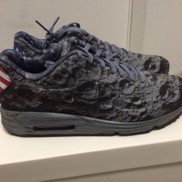 best service 3e4ed ae93c  northsteps. 5 years ago. Milano, Italia. Nike air max lunar 90 moon apollo  ...
