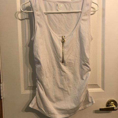 e02ff971cd03a White ruched side Michael Kors tank with gold tone zipper M - Depop