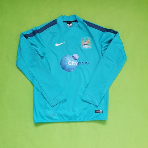 4618c4ef @_ovm_. 2 months ago. The Royal Town of Sutton Coldfield, GB. Manchester  City Long Sleeve Nike Training Top.