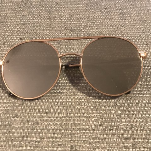 9f16cb2b0cfee Rose gold retro sunglasses from forever 21. Worn once but in - Depop