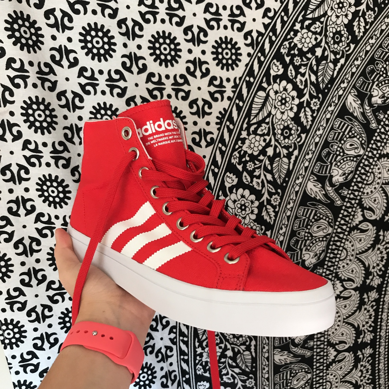 adidas court vantage mid red