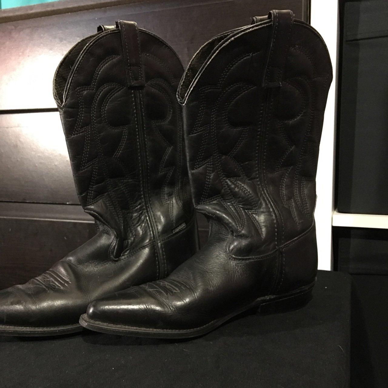 Black cowboy boots. Size 9 can fit 9 1 2. Worn a few times 02d8e5573