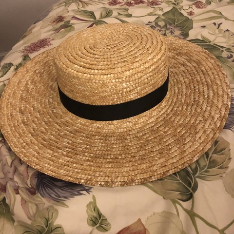 Beautiful sun hat! Only worn once for photos. Very and me of - Depop c3362ea0d704