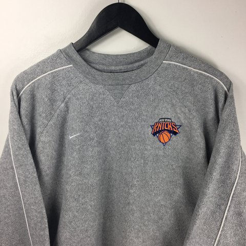 fang. last year. United Kingdom. Vintage NIKE Fleece New York Knicks  Sweater • Great Condition • Size Mens Large ... 5d9bfa65c