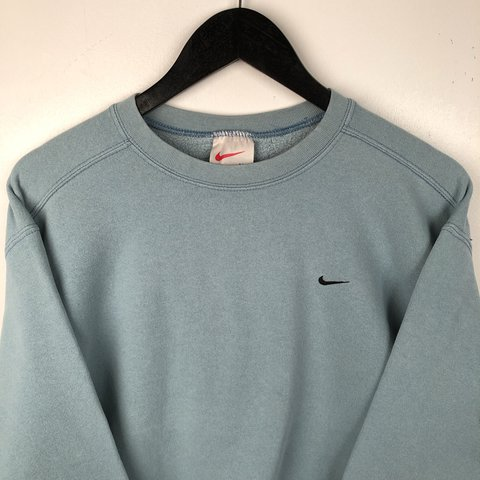 c72cbee82301c Vintage NIKE Sweater • Great Vintage Condition apart from as - Depop