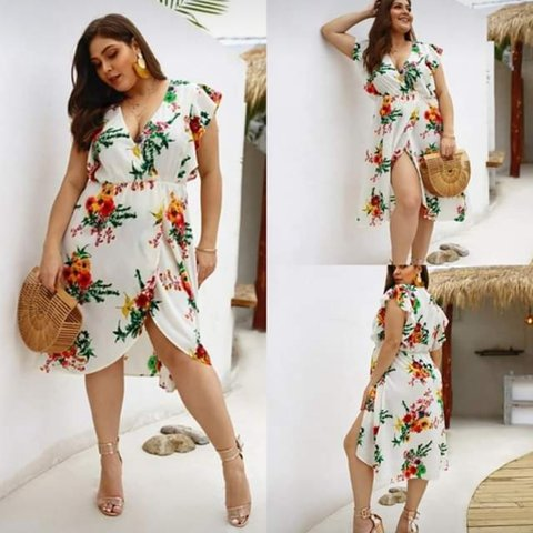 ed2d9a4178 Plus Size Summer Dresses Sizes UK 20 to 26 Free Delivery - Depop