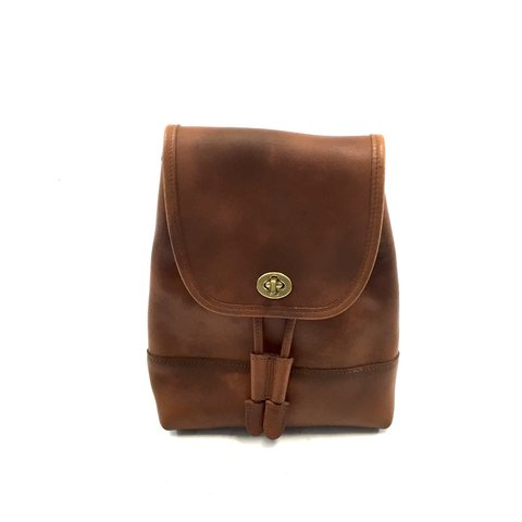 8077748316e5c Vintage authentic COACH leather backpack- dark brown thick