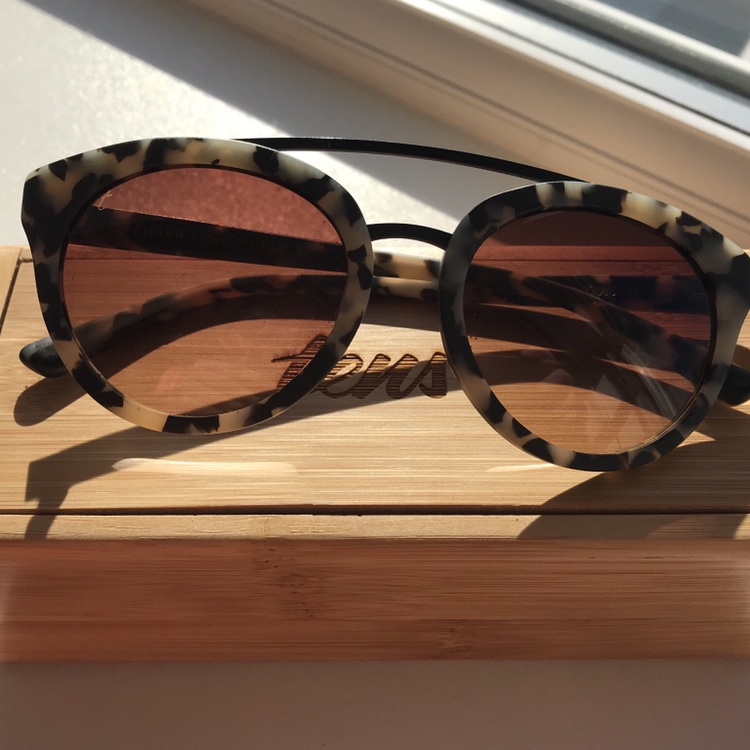 Tens tortoise shell sunglasses RRP £80 Really good Depop