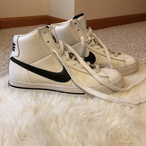 db7fb88bc Vintage white leather Nike BRS high tops! Rarely worn   in - Depop