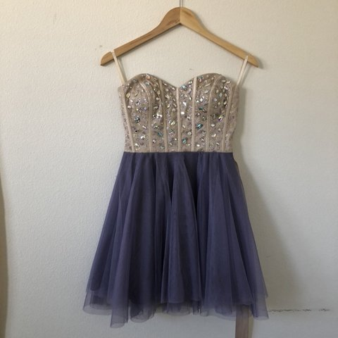 798436658fc homecoming dress from windsor!! sequined glittery ivory top - Depop