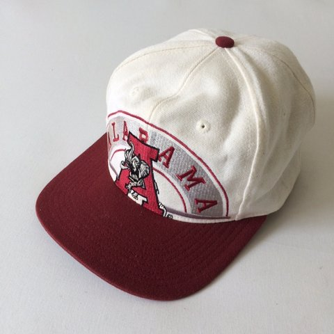 2a3bb65045805 Vintage 90s University of Alabama Crimson Tide SnapBack Hat - Depop