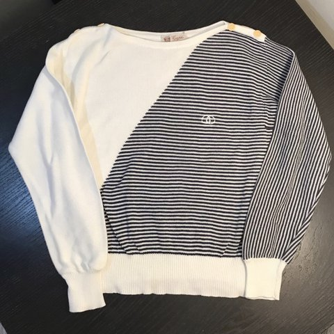 f9f99d07975 Vintage 80's GUCCI Women's Stripe Knitted Sweater This rad A - Depop