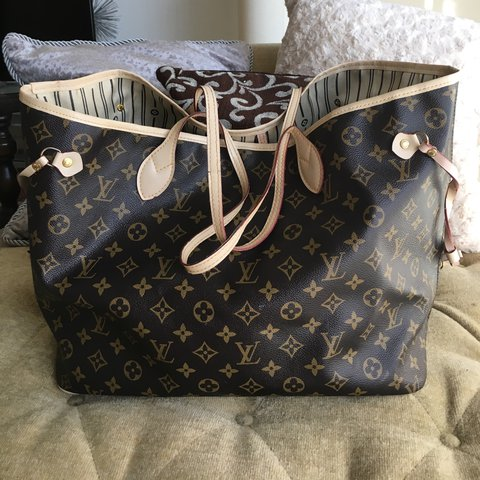 Louis Vuitton Never full GM  Preowned b7028b0f1f8a2