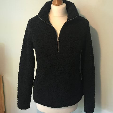 9d5159fa139 ABERCROMBIE   FITCH Super Soft Teddy Fleece Pullover with - - Depop