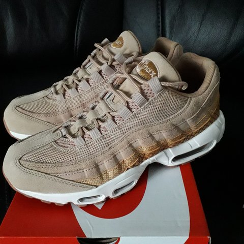 buy online cce76 b456c @cliffyboy. 6 months ago. Kettering, Northamptonshire, United Kingdom. Nike  Air Max 95 Premium SE Trainers - Vachetta Tan/Gold ...