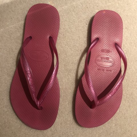 d956edaf7 Pink havaianas size 39 40 Uk 6 7 In excellent condition - Depop