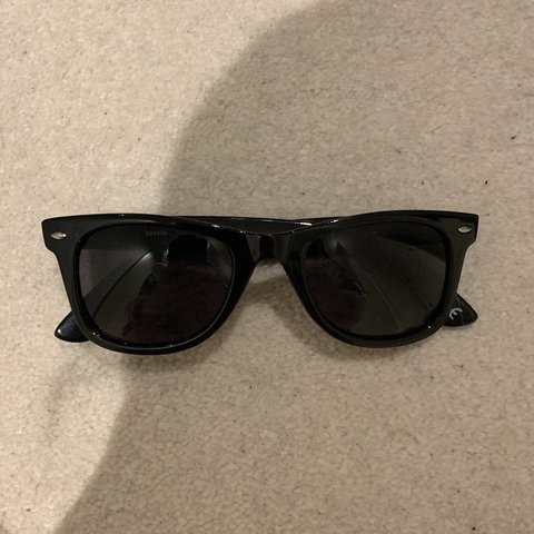 11ccb3796 @lilywattsxxx. 3 months ago. Hornchurch, United Kingdom. Asos wayfay  sunglasses. Never worn. Brand new. No case